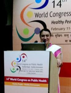 Dr. Pinzon-Perez presenting at World Congress on Public Health. Feb. 2015.