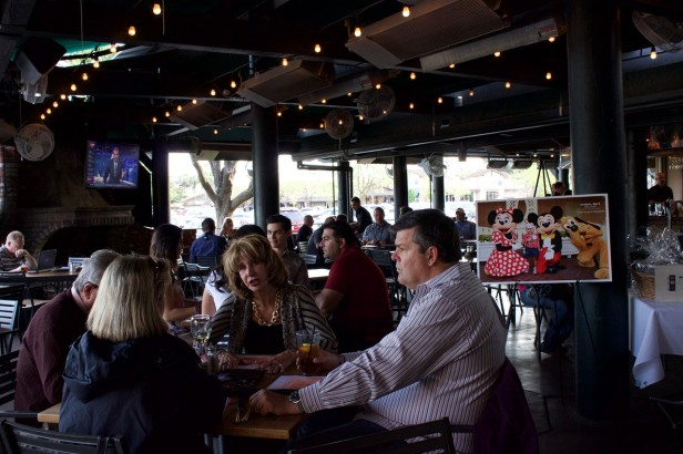 Patrons enjoying their meal benefiting Make-A-Wish Central California.