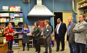 Health deans around the CSU visit the Fresno State Student Cupboard.